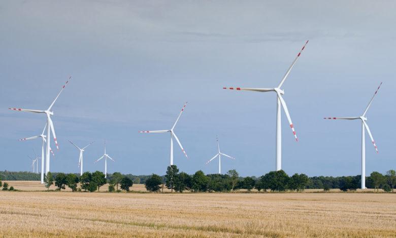 Zakaz budowy domów w sąsiedztwie elektrowni wiatrowych